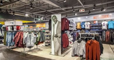 Foschini puts in offer to buy Jet from Edcon